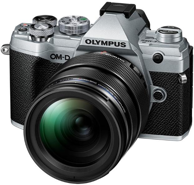 Olympus OM-D E-M5 III (12-40 F2.8) Silver